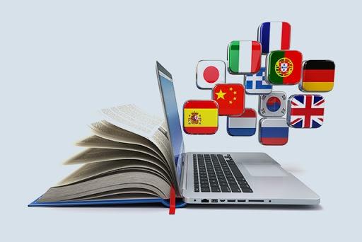 Tłumaczenie tekstów - praca freelancera